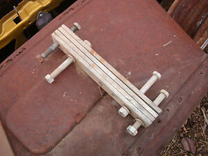 Fenton 70 s High Lift Rear Spring Shackles Spud Diggers Ltk66