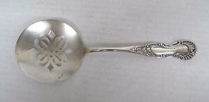 Signed Arlington Pattern Pairpoint Silver Plated Tomato Server