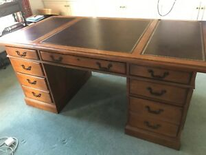 Antique Style Grand Hooker Mahogany Executive Desk With Leather Top