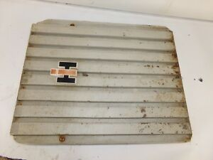 Farmall 706 Tractor Front Grill With Emblem