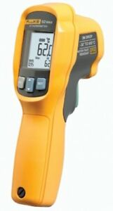 Fluke 62 Max Infrared Thermometer Aa Battery 20 To 932 Degree F Range With A
