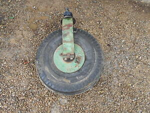 Oliver 770 Diesel Tractor Single Front Wheel