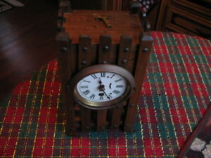 Antique Arts Crafts Mission Wood Mantle 1 Day Clock Working With Key