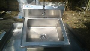 Hands Free Wall Mount Stainless Steel Sink 24 3 4 X 21 1 2 X 8 Deep