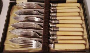 Celluloid Handle 12 Piece Cutlery Serving Boxed Set 6 Knives 6 Forks Vtg Epns