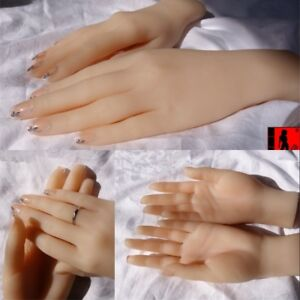 Lifesize Realistic Silicone Hand Female Display Prop Model Mannequin One Hand