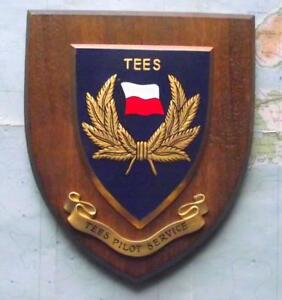 Old Vintage Tees Pilot Painted Royal Navy Ship Badge Crest Shield Plaque