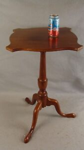 Antique 18c Queen Anne Inlaid Mahogany Pad Foot Candlestand