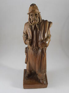 Hand Carved Wood Sculpture Figurine Assassin By Hector H Garbati Argentina