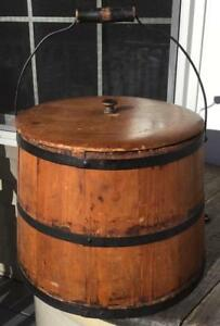 Antique Wood Staved Pail Bucket Firkin W Metal Bands Swinging Handle Lid 9 5 H