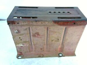 Famall 560 Tractor Seat Base