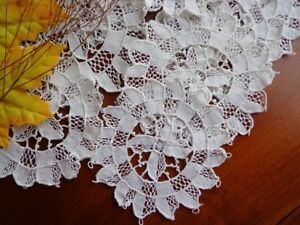 Set 9 Antique Italian Handmade Point Venise Lace Punto Venezia Coasters 5