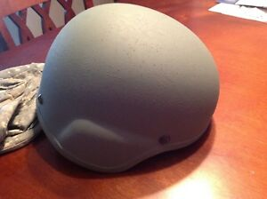 MICH ACH HELMET SIZE MEDIUM MSA MADE U.S. Surplus with Cover and pads 2009