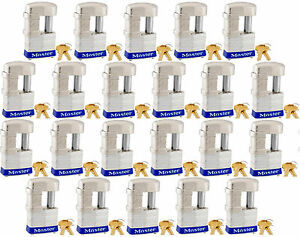 Lock Set By Master 37ka lot Of 22 Keyed Alike Shrouded Laminated Padlocks New