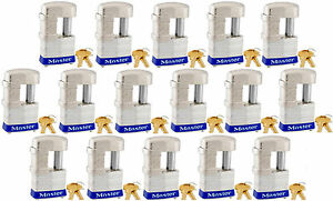 Lock Set By Master 37ka lot Of 16 Keyed Alike Shrouded Laminated Padlocks New