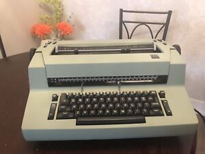 Ibm Correcting Selectric Ii Electric Typewriter Green