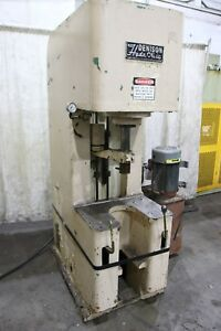 15 Ton Denison Hydraulic Press Yoder 67090