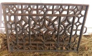 Large Antique Cast Iron Ornate Window Grate Architectural Salvage 24x16