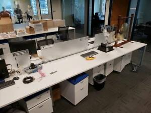 Used Office Cubicles Amq Icon 5x2 5 Cubicles
