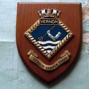 Old Vintage Hms Vernon Painted Royal Navy Ship Badge Crest Shield Plaque Z