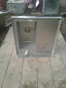 Wall Mount Stainless Steel Sink 24 X 24 X 8 Deep