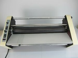 Seal Products Multiseal 252 Laminator