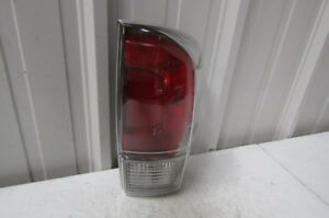 2016 2017 2018 Toyota Tacoma Clear Lens Genuine Oem Right Tail Light T1