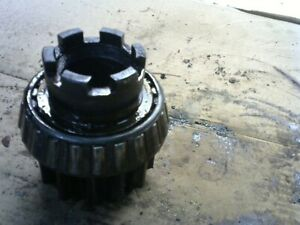 Oliver 88 Gas Row Crop Tractor Pinion Brake Shaft