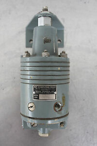 Moore Products 68 1 Pneumatic M f Computing Relay