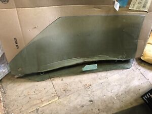 1970 1971 Barracuda Cuda Convertible Passenger Side Tinted Window Glass