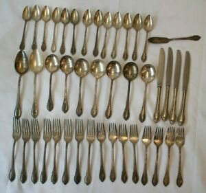1847 Rogers Bros Remembrance Flatware Silver Plate 43pcs International Silver Co