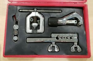 Blue Point Tf528d Tube Cutting And Double Flaring Tool Set Pre owned W Case