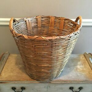 Vintage Woven Rattan Wicker Farm House Large Laundry Gathering Basket 2 Handles