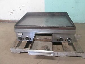 toastmaster 7336 Heavy Duty nsf Commercial 36 w Dual Phase Electric Griddle
