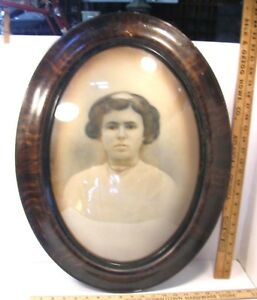 Antique Oval Convex Bubble Glass Picture Frame Faux Wood Grain Ebonized 25x19