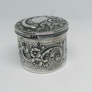 Antique Hallmarked English Sterling Victorian Edwardian Repousse Box Excellent