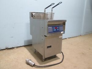 pitco E14xss hhqv Hd Commercial nsf 40lbs Digital 208v 3 Electric Deep Fryer