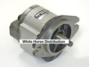 New Case 95xt 85xt Hydraulic Gear Pump