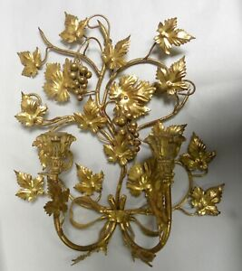 Vintage Gold Tone Grape Motif Italian Tole 2 Candle Wall Hanging Sconce A20