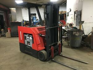 2012 Raymond Forklift Dock Stocker 4000 188 Lift Mn 425 2015 Battery 36 Volt