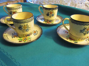 Japanese Vintage Tea Cups 4 Cups And Saucers Lot Blue And Cream Color Floral
