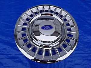 Set Of 4 1998 2002 Ford Crown Vic 24 Slot 16 Wheel Covers Hubcaps