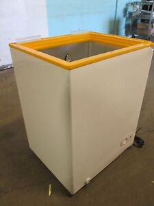 Heavy Duty Commercial Refrigerated Rolling Open Display Island Merchandiser