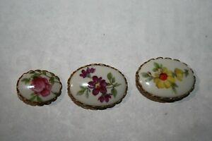 Set Of 3 Different Porcelain Flower Buttons