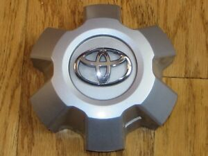 2014 2018 Toyota 4runner 17 Wheels Center Cap Oem 566