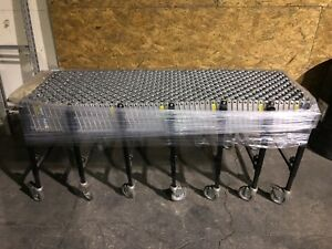 Bestflex Model 200 Expandable portable Skatewheel Conveyor 24 X 24 On Castors