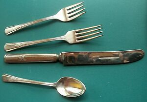 Sovereign 4 Piece Place Setting S Solid Dinner Knife Rogers 1940 Silverplate