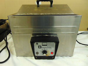 Scientific Products Model B7005 2 Water Bath With Lid Heats Up Quickly Sr555