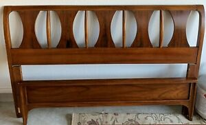 Vintage Mid Century Modern Kent Coffey Perspecta Full Queen Bed