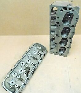 Gm 3904391 Bbc Square Port Cast Iron Heads 396 427 2 300 1 880 Dated K 21 66